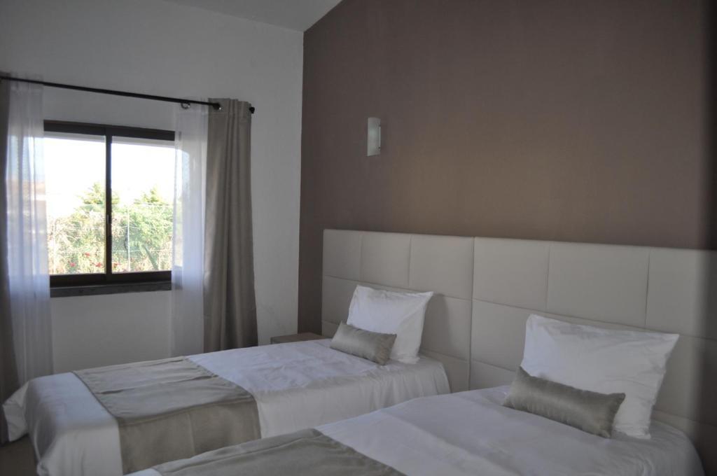 4 people – 1 room – N°1